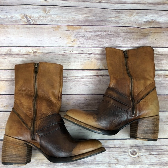 5d50f9bfe31 Patricia Nash Lombardy Buckle Mid boots ~NEW